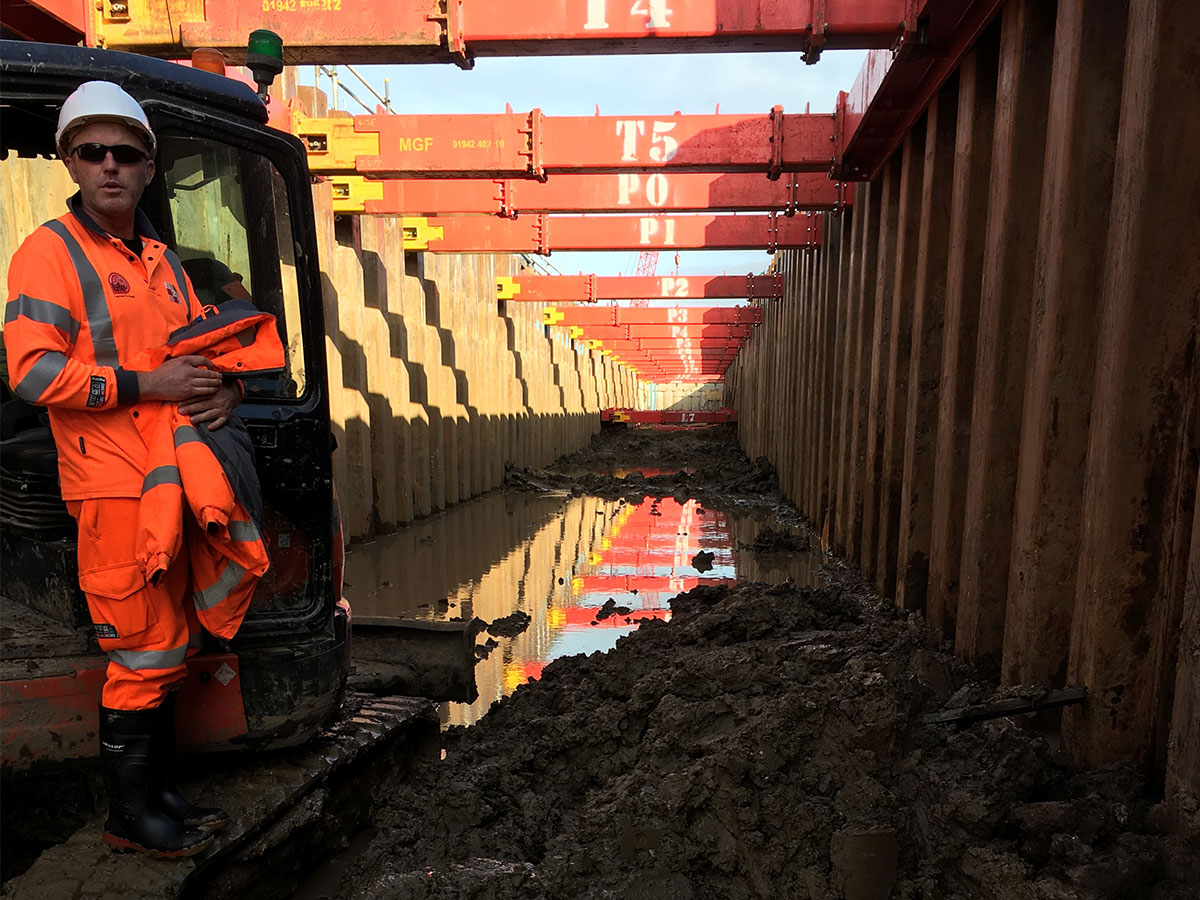 Goxhill Temporary Sheet Piling Launch Pit