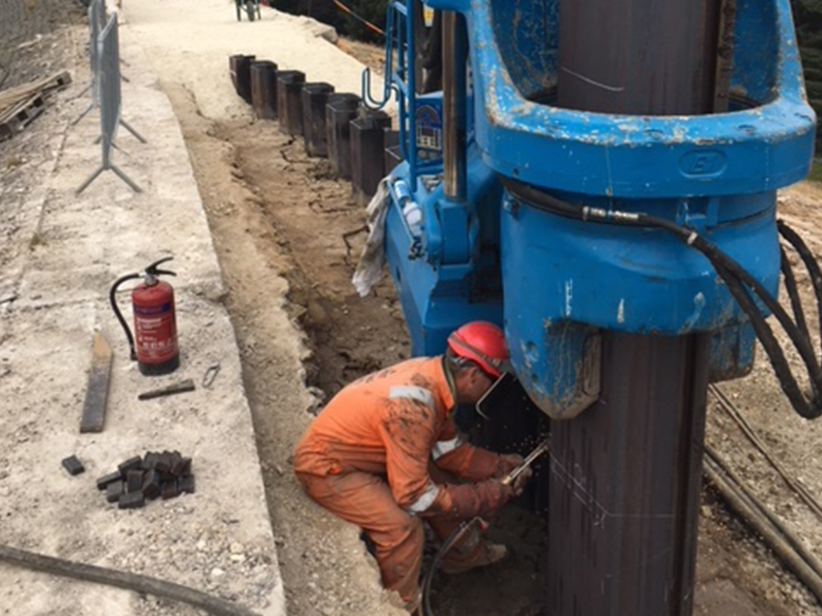 Silent Vibration Free Sheet Piles