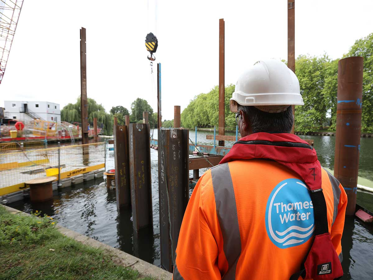 Advantages of Sheet Piling for Environmental Protection Works
