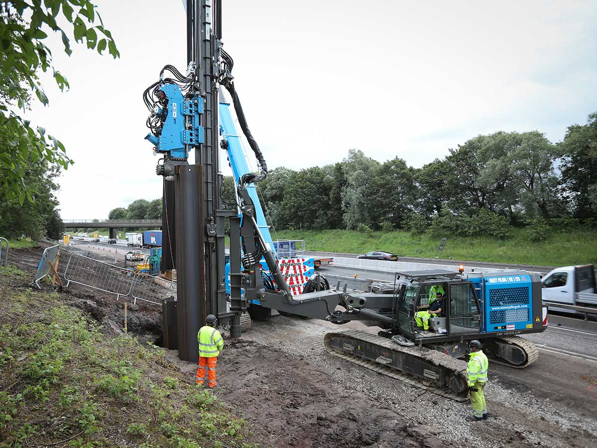 Advantages of Sheet Piling on the M62