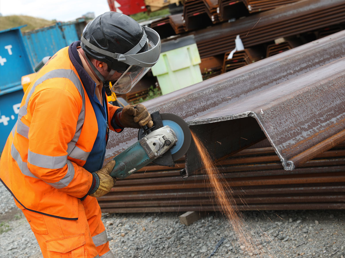 Sheet Pile Cut Off Wall Pile Preparation